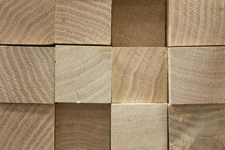 Créatissage Agroécologie Ariège - cubes de bois